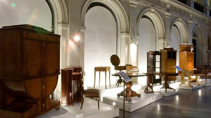 projekt-wystawy-czasowe-muzeum-narodowe-wroclaw-meble-szafa-postumenty